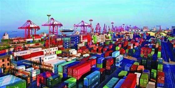 南通根据产业发展需要,统筹谋划通州湾,洋口港,吕四港等港区的发展